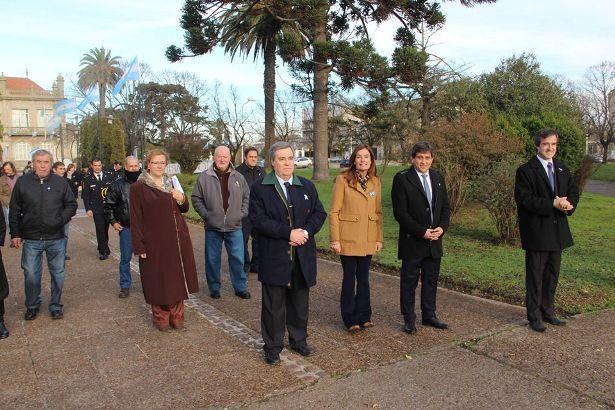 Bicentenario en Lobería (1)