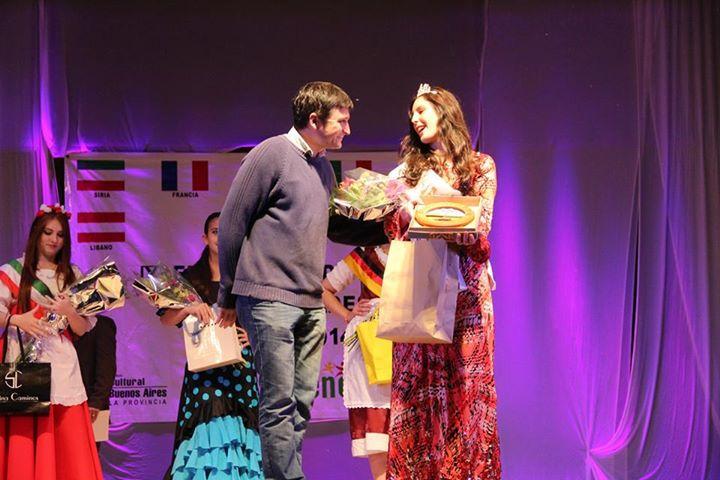 Fiesta colectividades loberia 2014 (1)