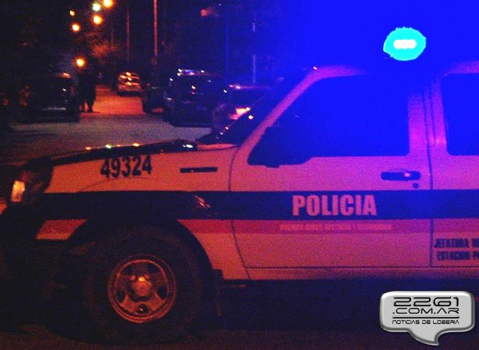 Policía Lobería2