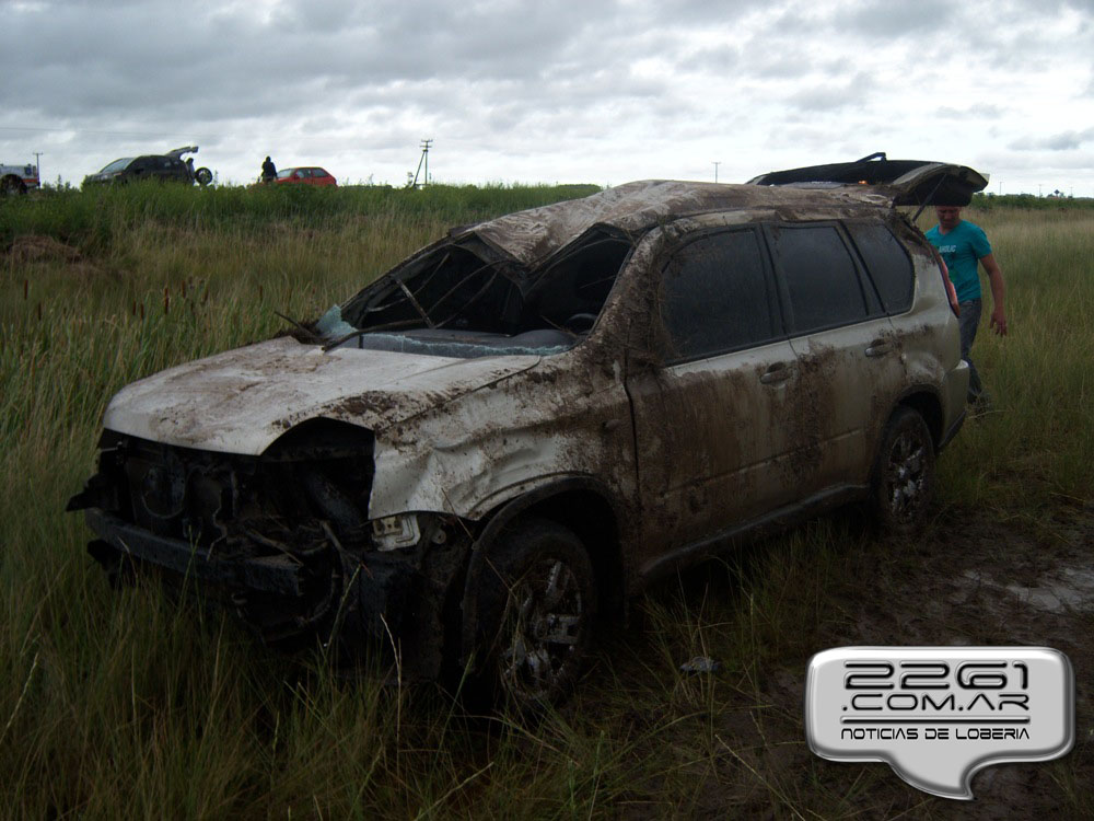 Vuelco accidente Pampero 23-1-14 (3)