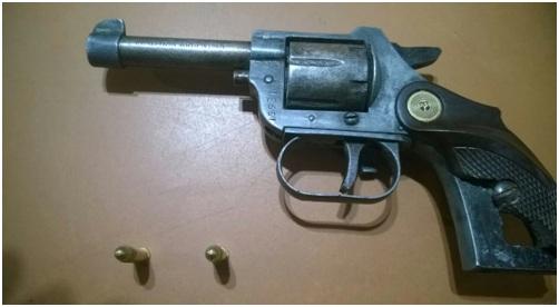 arma - revolver menores aprehendidos