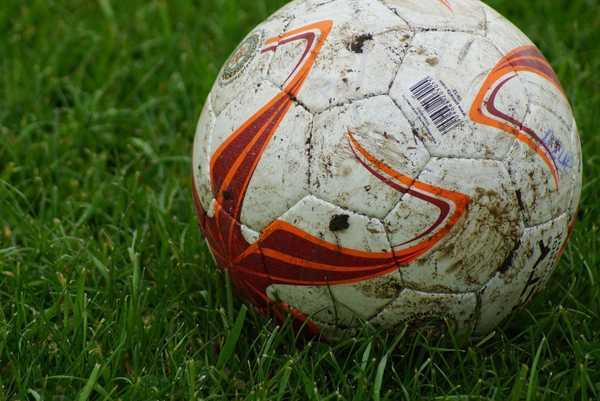 futbol suspendido barro